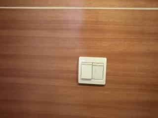 开关、插座面板及灯具安装