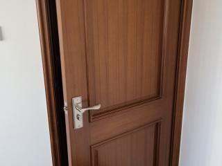 成品门及墙纸铺贴